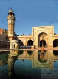 A_Masjid_in_Lahore_Pakistanمسجد في باكستان