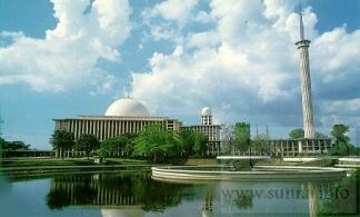 Masjid_Istiqlal_Jakarta_Indonesiaمسجد استقلال في اندونيسيا
